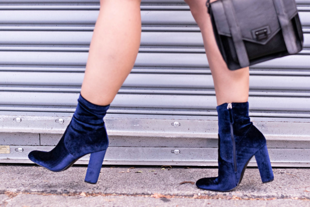 The Best Navy Velvet Boots for Fall 16
