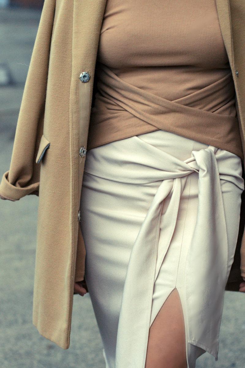 Camel Parallel Lines outfit- BloggerNotBillionaire
