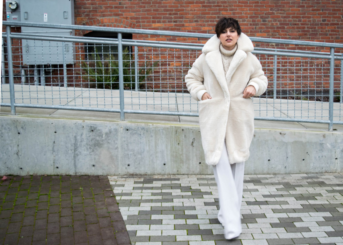 Staying Chic in the Winter: The Coziest, Fluffiest most Bad Ass Faux Fur Coat EVER- BloggerNotBillionaire