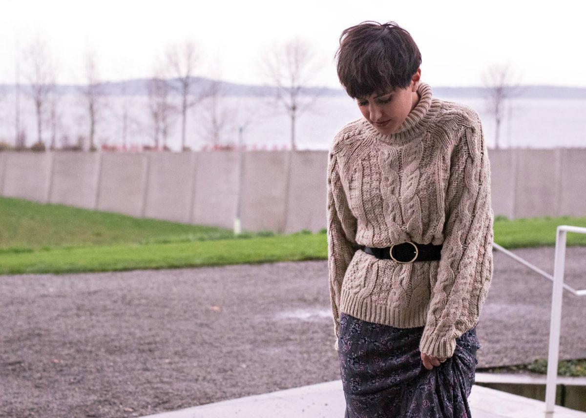 Belted Sweater- BloggerNotBillionaire.com