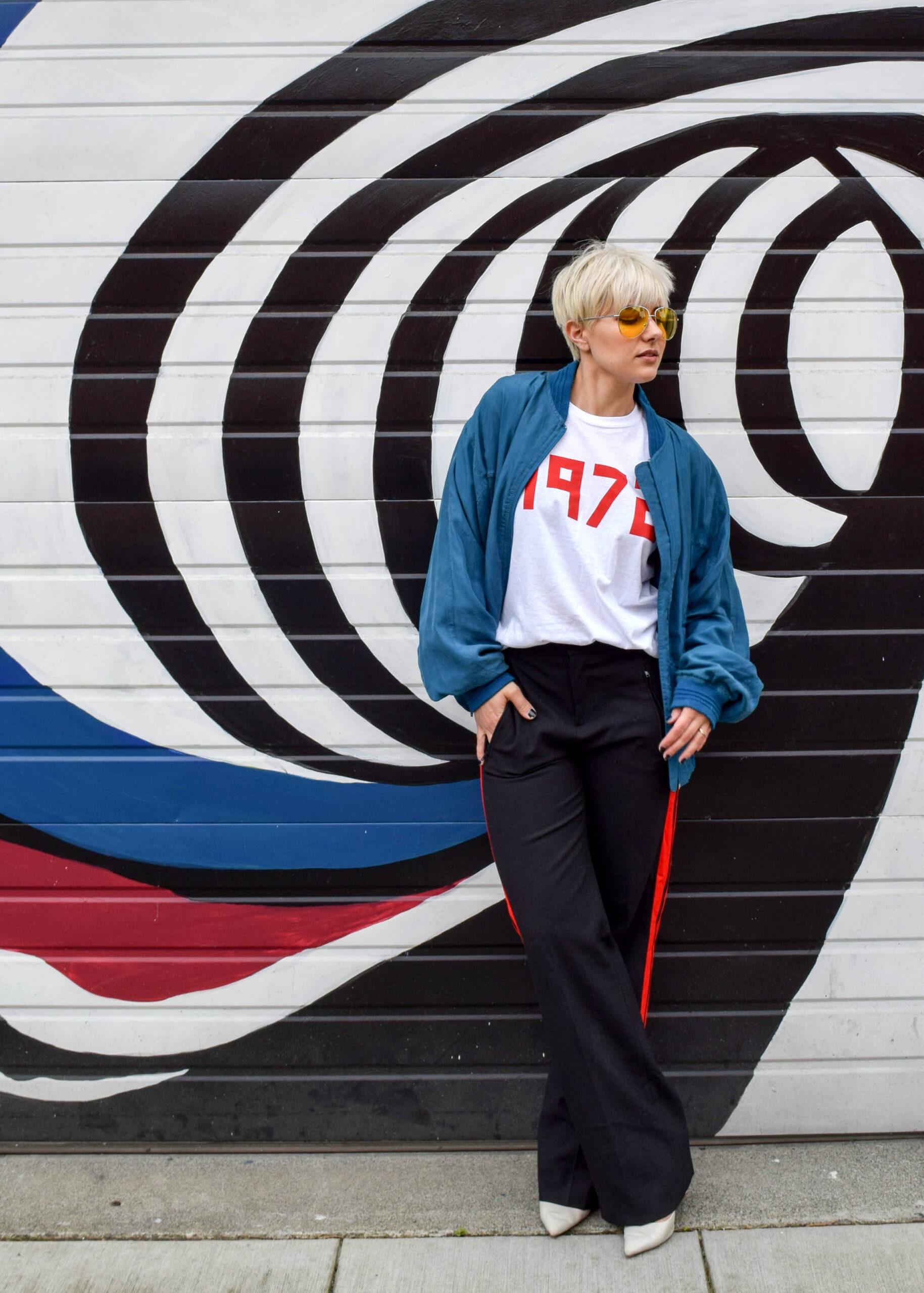 The Retro Look 1 - 3 New Ways to Wear Your Bomber Jacket for 2017 - BloggerNotBillionaire.com