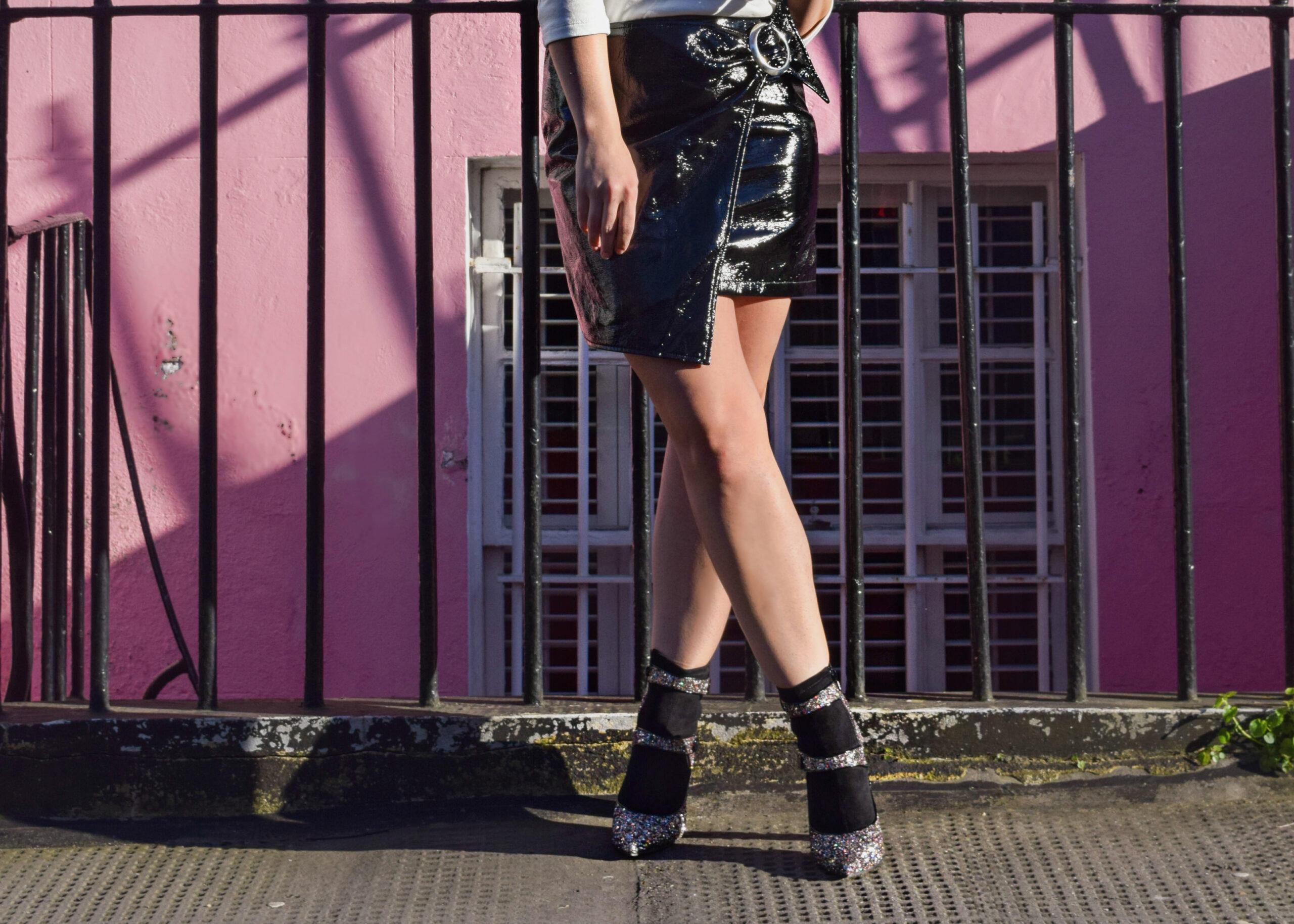 Pink Walls- Notting Hill- BloggerNotBillionaire.com