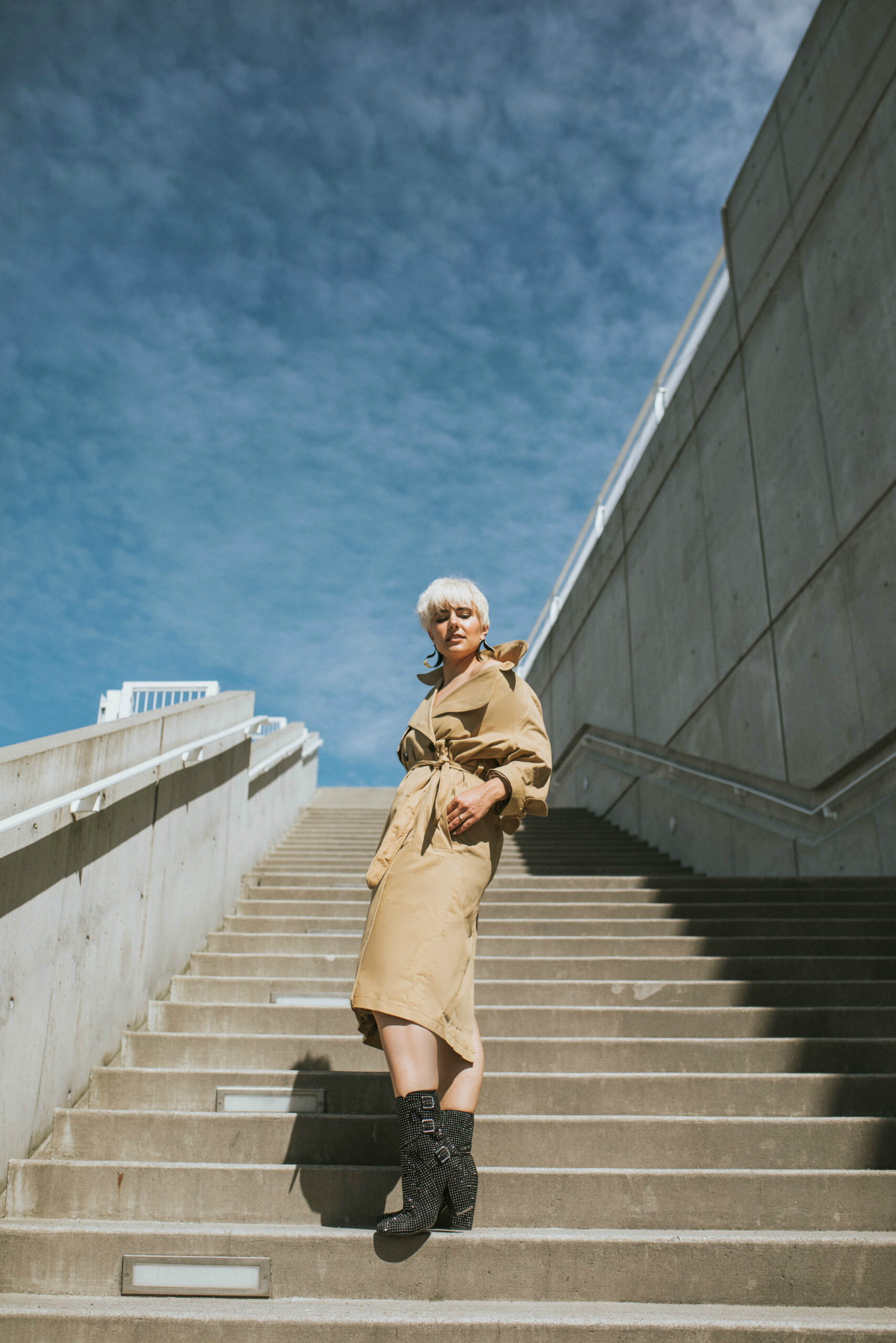 Can a Trench Coat be Worn as a Dress (Like Priyanka Chopra's at the 2017 Met Gala?) Let's Find Out - BloggerNotBillionaire.com
