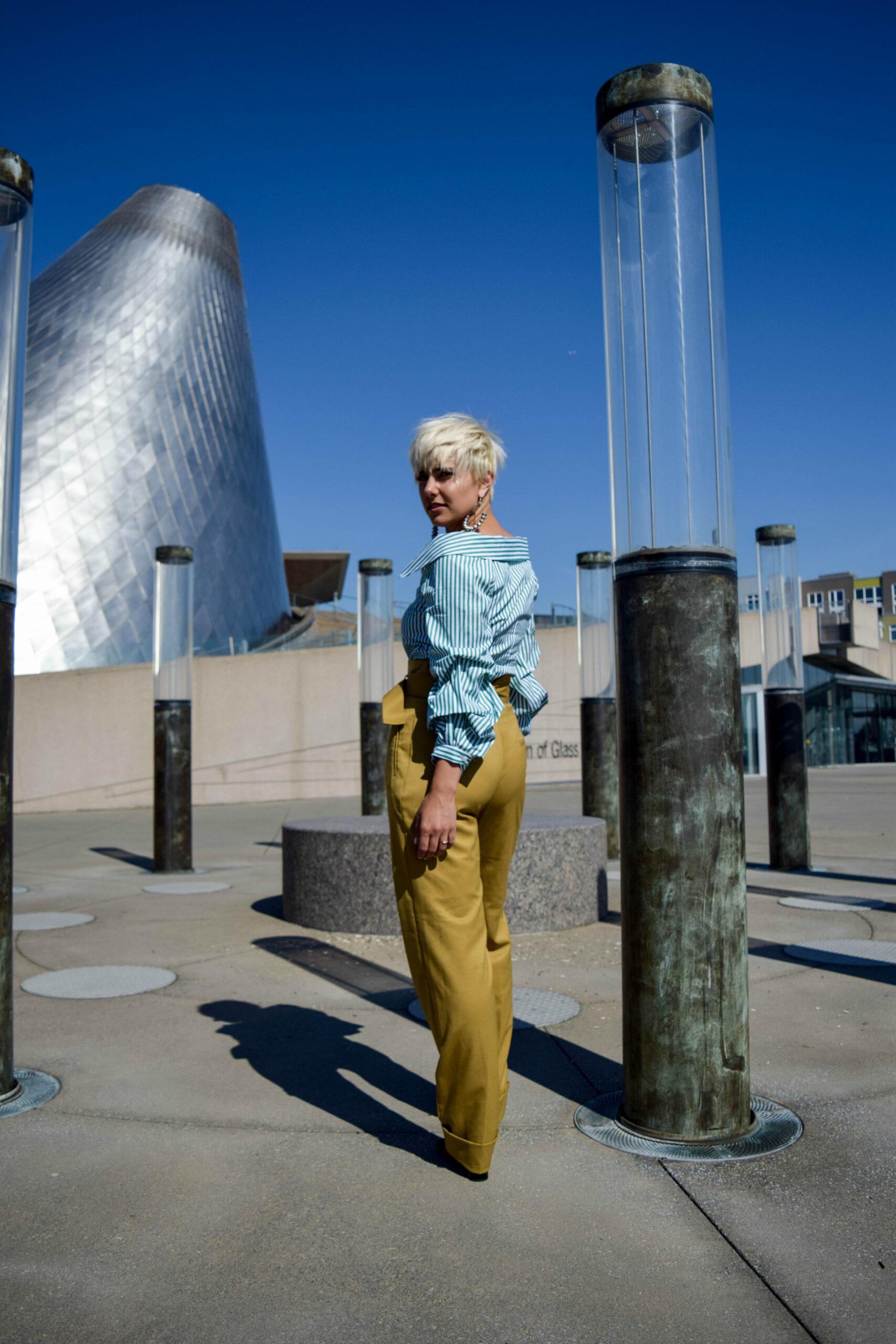 2 Ways to Wear Statement Making Sleeves- Dress it Up - BloggerNotBillionaire.com