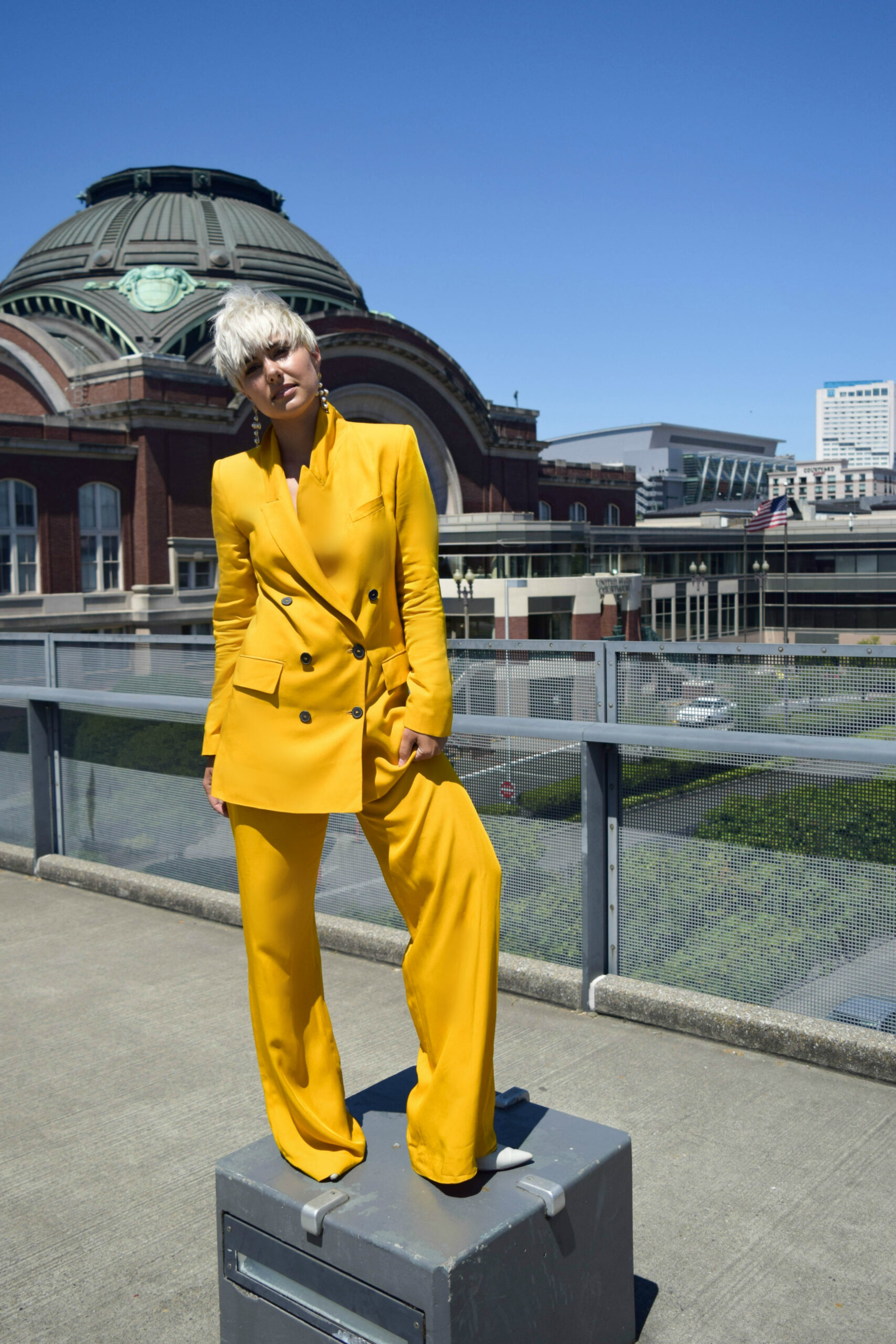 Fashion Blogger BloggerNotBillionaire Wears Fall's Hottest Trend, the Full Suit