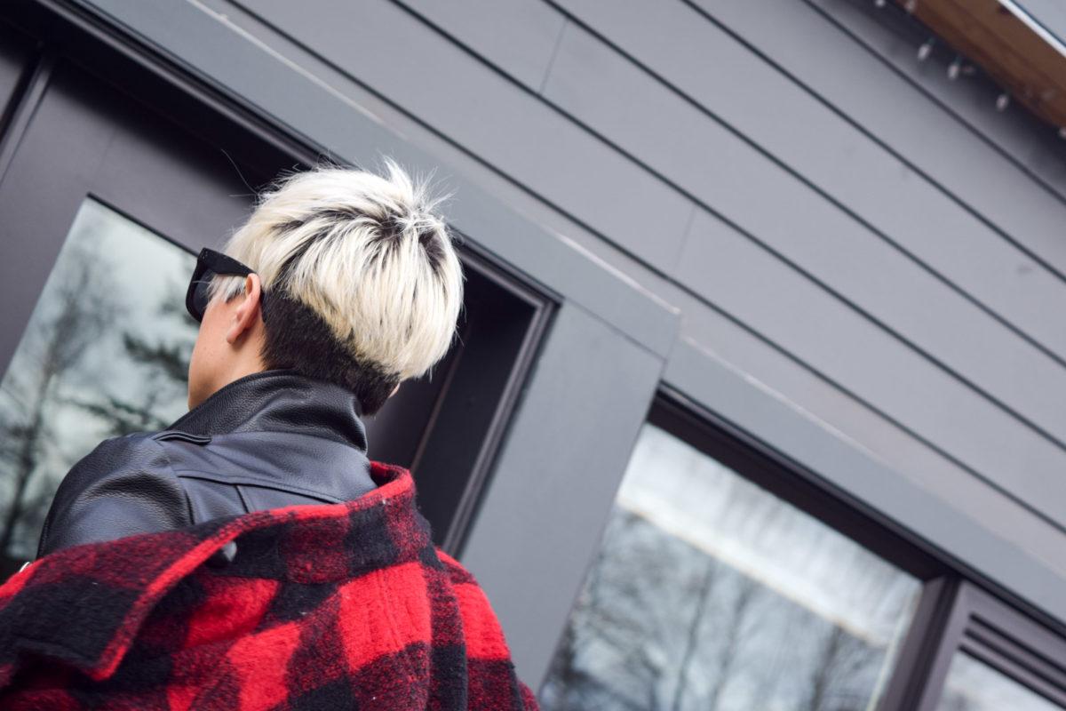 Two-tone pixie cut - BloggerNotBillionaire