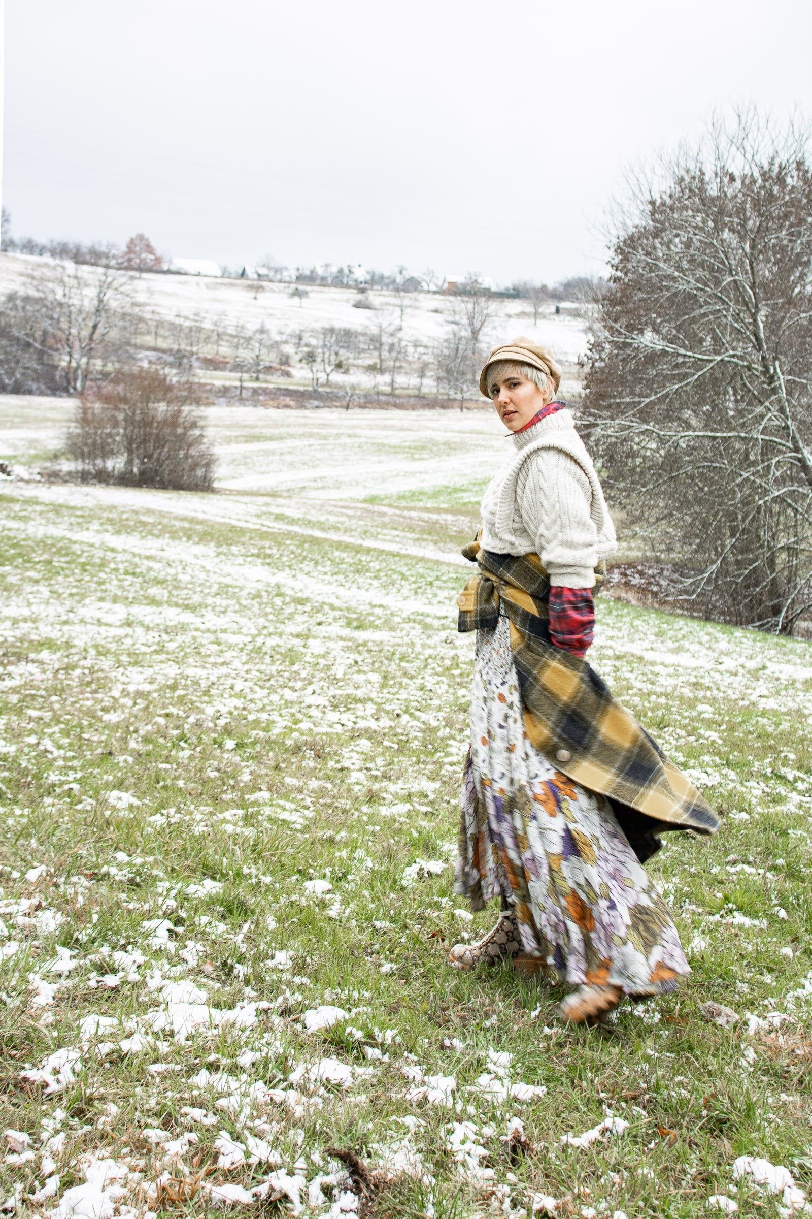 What is Cabincore: English country style with @RebeccaInEurope